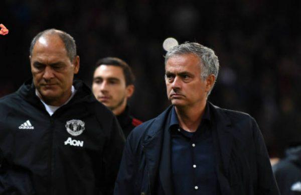 Mourinho vẫn còn phải tiếp tục đối mặt với vô vàn thử thách