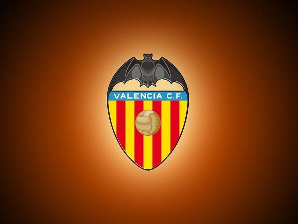 Bạn có biết ý nghĩa đằng sau logo Valencia FC ?