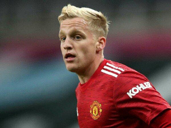 Bóng đá hôm nay 8/5: Mourinho muốn đưa Van de Beek sang AS Roma