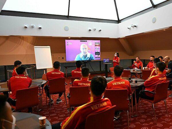 Bóng đá Việt Nam tối 11/9: Đội tuyển futsal Việt Nam dự World Cup cũng có VAR